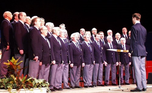 Photo of choir at Bournemouth Holiday Festival